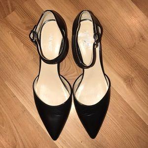 Nine West ankle strap pumps size 9